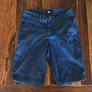 Men Quiksilver Shorts Size 28